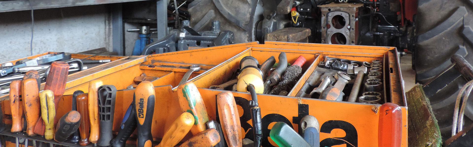 01-officina-riparazioni-ricci-trattori