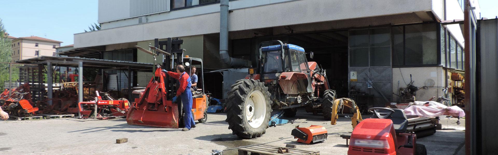 07-officina-riparazioni-ricci-trattori